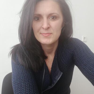 Adela zoekt een Appartement / Studio in Nijmegen
